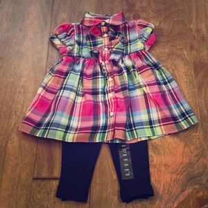 Baby girl 2 piece set. Navy color leggings is NWT